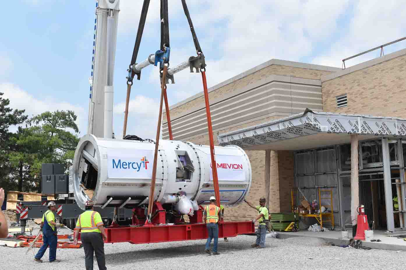 Mevion compact proton therapy for Mercy Hospital St. Louis in Missouri